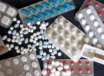 médicaments cachets capsules